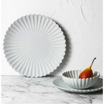 Dahlia - Scalloped Ware Set