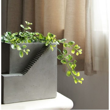 Sten Concrete Planter