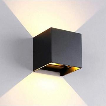 Cubo Wall Lamp