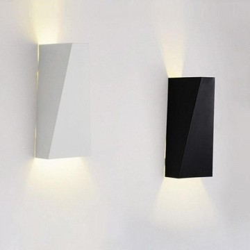 Geomix Wall Lamp